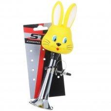 """Детский клаксон STG """"84BK"""", выполнен из высококачественного металла и пластика, предупредит пешеходов и других велосипедистов о приближении ребенка, а также обеспечит безопасность движения. Клаксон предназначен для крепления на руль. Он соответс"""